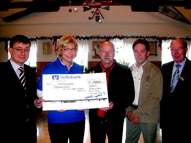 Lüner Unternehmer unterstützt Dattelner Kanutenverein mit 1.000 Euro