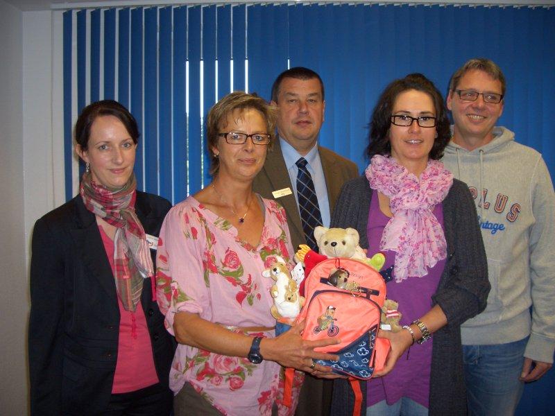 Teddys und Geld für arme Kinder auf Boa Vista