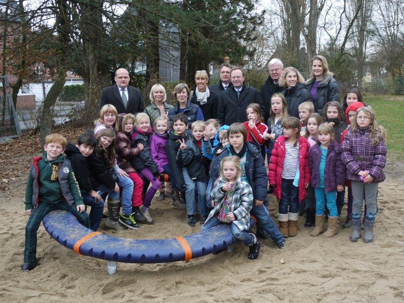 BürgerstiftunBürgerstiftung EmscherLippe-Land und Maria und Heinrich Milk Stiftung unterstützen integratives Spielen an der Lutherschule