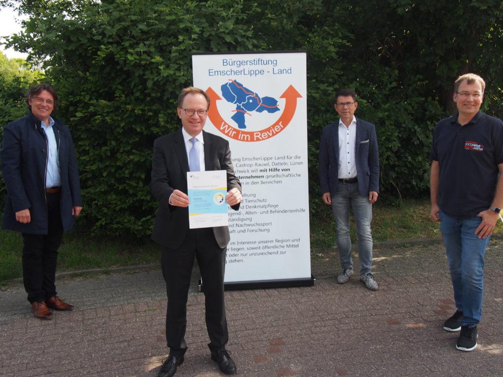 Bürgerstiftung EmscherLippe-Land wird zum 6. Mal mit dem Gütesiegel ausgezeichnet und spendet einen Lichtblick für die Region