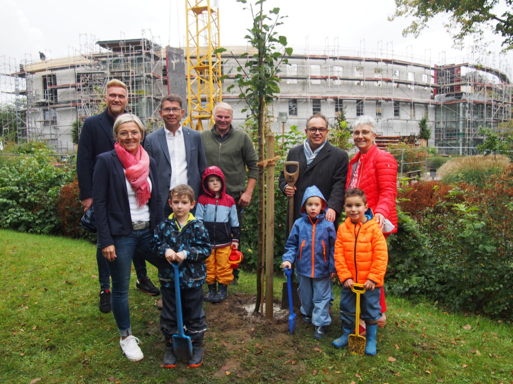 Bürgerstiftung EmscherLippe-Land pflanzt 30. Stiftungsbaum
